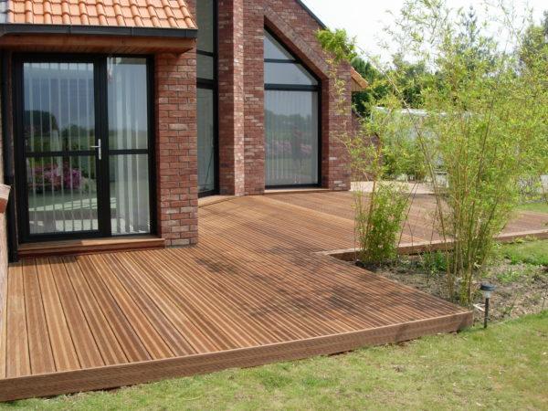 Terrasse en pin autoclave brun classe 4 excellent rapport qualité prix